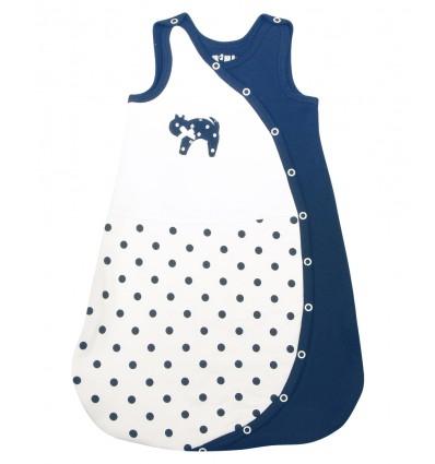 227e6b33c8ab9a Wyprawka dla noworodka powinna zawierać przede wszystkim ubranka wygodne i  dobrej jakości. Wszelkie skomplikowane zapięcia, dużą ilość guziczków, ...